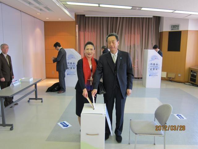 本国第19代国会議員選挙の在外国民投票スタート2
