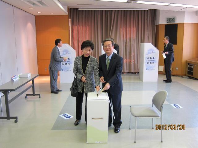 本国第19代国会議員選挙の在外国民投票スタート3